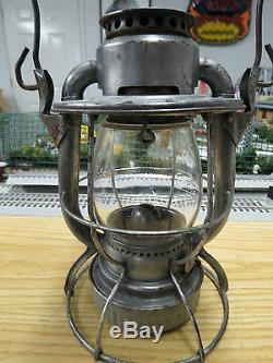 Dietz Vesta New York Central (N. Y. C. S.) Short Globe Railroad Lantern, Nice