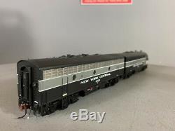 HO Scale Athearn Genesis, NYC F3A/B Diesel Loco set #1633 & 2438 DC (F0028)