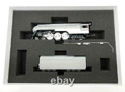 MTH New York Central HO Scale Prototype Dreyfus Steam Locomotive and Tender