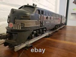 Postwar Lionel 2344 New York Central F3 A Diesel Dual motor and Dummy A 1950/51