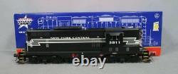 USA Trains R22127 G New York Central EMD GP9 Diesel Locomotive #5805